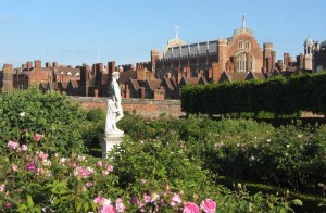 Hampton Court Palace & Gardens - Copy